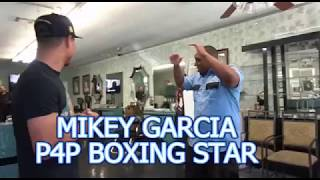Mikey Garcia Knocksout A Security Guard With A Bodyshot EsNews Boxing