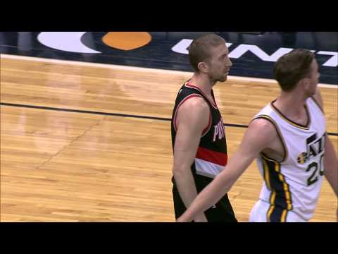 Steve Blake Changes Jersey Number in Tribute to Jerome Kersey