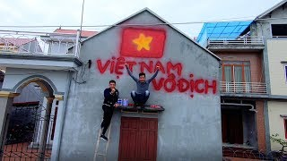 PHD |  Phá Nhà Cổ Vũ Đội Tuyển Việt Nam Vô Địch AFF SUZUKI CUP |  Paint The House