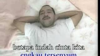 Harvey Malaiholo & Rafika Duri - Permata Hati Mp3