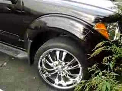 NISSAN PATHFINDER WITH COOL RIMS