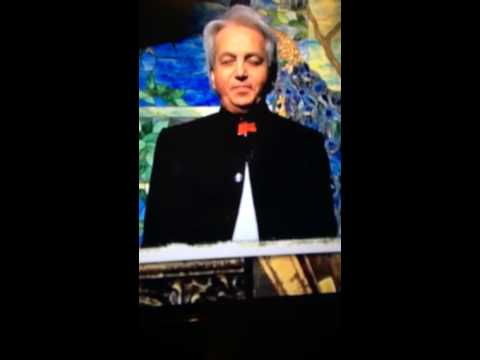 Benny Hinn Speaks about the Death of Paul Crouch