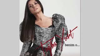 اغنية تركية رائعه مترجمة للعربية - توبا يورت - هو ملكي Tuğba Yurt - Benim O Resimi