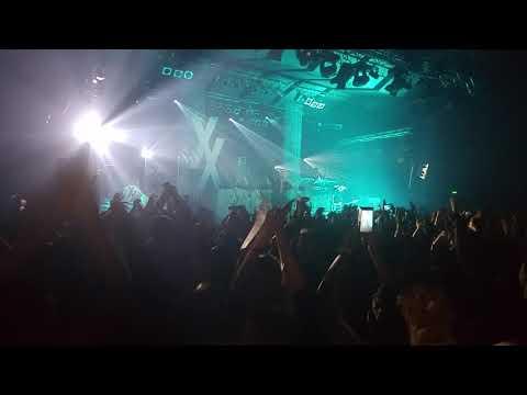 Machine Gun Kelly - Let You Go live Warsaw 17.10.2017
