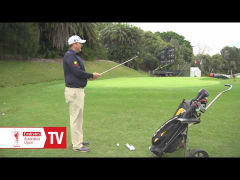 AOTV: Jarrod Lyle Chipping Tips with Bree Laughlin at the 2013 Emirates Australian Open