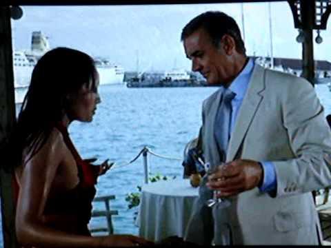 "Nice Barbara Carrera 1 / 4 "" Never Say Never Again "" James Bond"