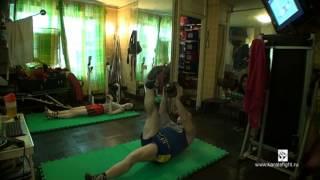 Kettlebell ab workout by Troy Van Spanje 24.02.15(Сегодня у меня по расписанию была гиревая тренировка состоящая из двух частей, с 15-20 минутным перерывом:..., 2015-02-24T16:21:42.000Z)