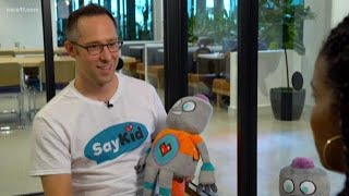 Screenless robot helps kids learn