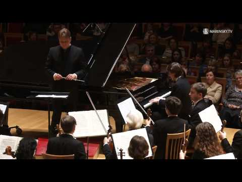 Daniil Kharitonov plays Tchaikovsky's Piano Concerto No. 1 in B-flat minor, Op. 23