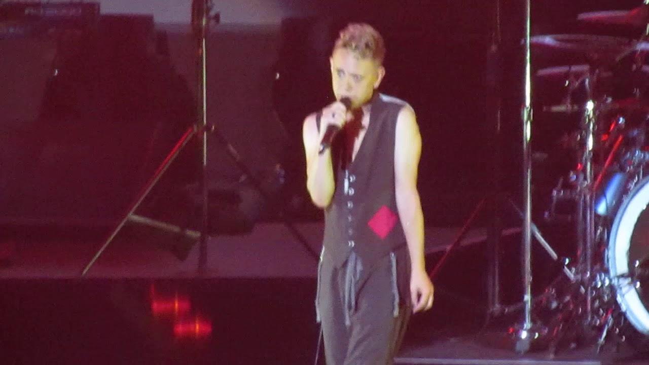 Depeche Mode 39 Strangelove 39 Acoustic Martin L Gore Madison Square Garden Nyc 9 11 17