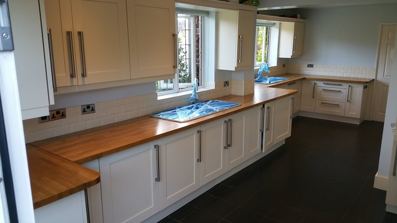 High gloss kitchen worktops  finishing oak kitchen tops