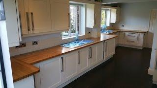 High gloss kitchen worktops - finishing oak kitchen tops in high gloss lacquer