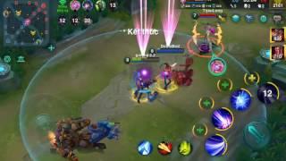 Heroes arena choi thu co nang ngo ngao