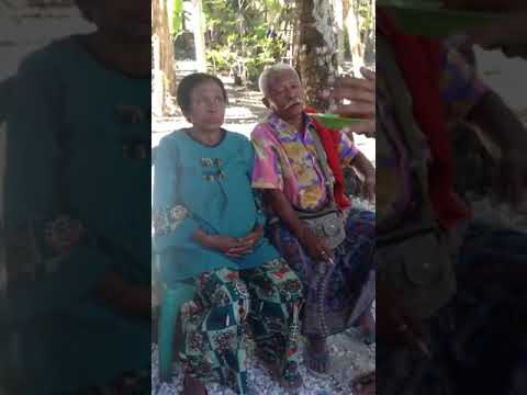 Gokil !!! Kakek Dan Nenek Ini Selalu Mesra