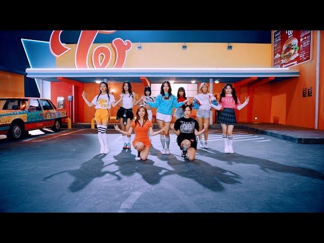 TWICE「Wake Me Up」Music Video