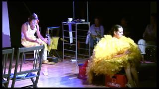 Amarillo teatro 2/2