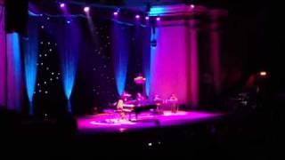 Tori Amos edge of the moon