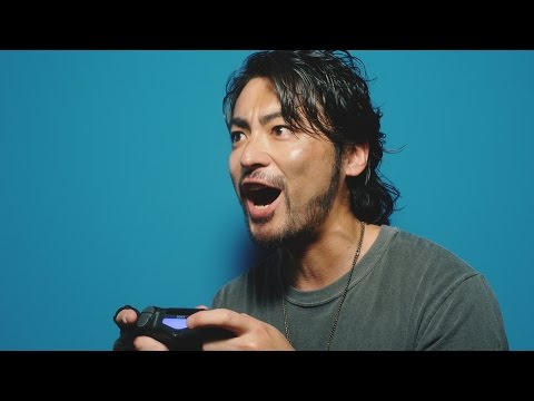 山田孝之、ゲーマーぶり披露 PS4新CMで華麗な指さばき 俳優仲間とオフ会も #Takayuki Yamada #PS4