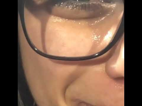 Porn star Mia khalifa crying 😂