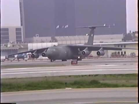 Lockheed C-141 Starlifter Departing LAX