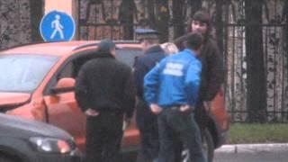 Блондинка за рулём,проспект Гагарина 13-10-12