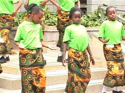 Bro.Fr.Abedies songs(BFC)Pigeni wote makofi-eloi lamasabakthani-watoto.