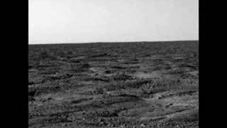 First Pictures of NASA Mars Phoenix Landing