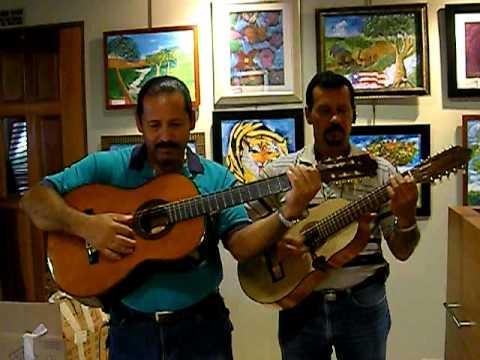 Improvisando en Comerio, PR January 2009