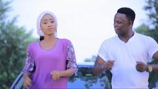 Sabuwar Waka (So Gaske Ne) Sabuwar Waka Video 2019 by Garzali Miko ft Saudat....