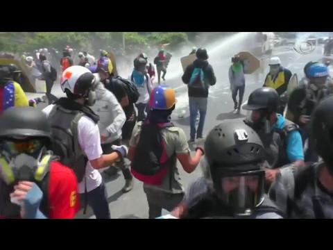 Mais um jovem morre durante protestos na Venezuela