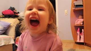 Муха Цокотуха В 2 года рассказывает стих Развитие детей