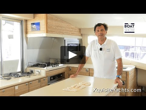 In-depth Italian video review of Xquisite X5 Sail shot at the Miami International Boat Show