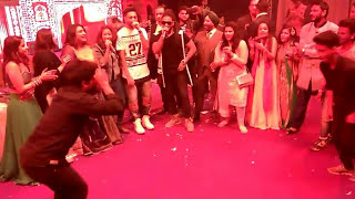Raftaar dance on kala chasma song with us.