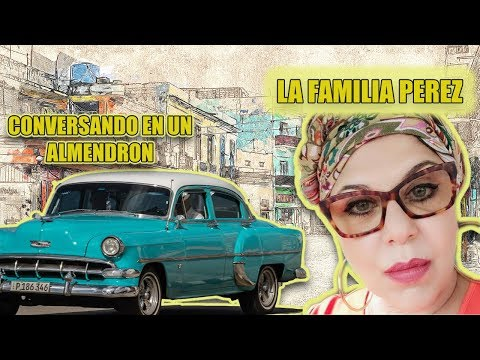 Susana Perez conversando en un almendron(I) en Cuba