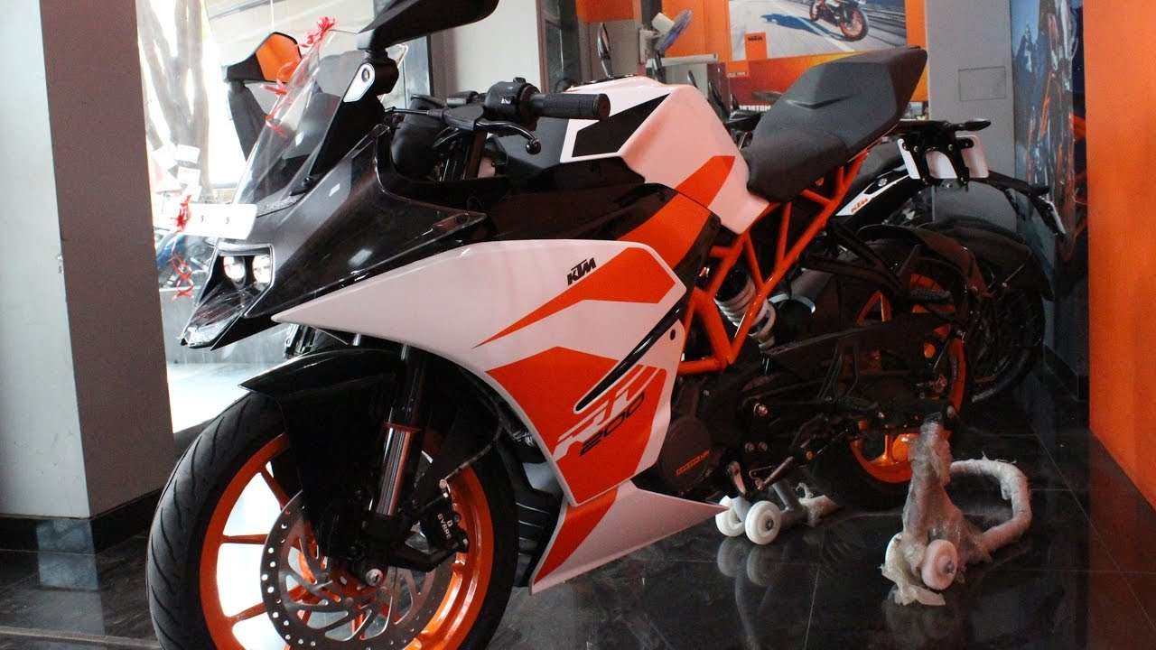 ktm rc 200 2017 edition walkaround and exhaust sound youtube. Black Bedroom Furniture Sets. Home Design Ideas