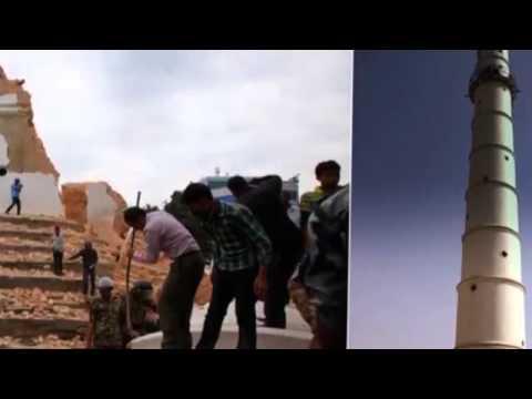カトマンズ、ネパール。前と地震後。