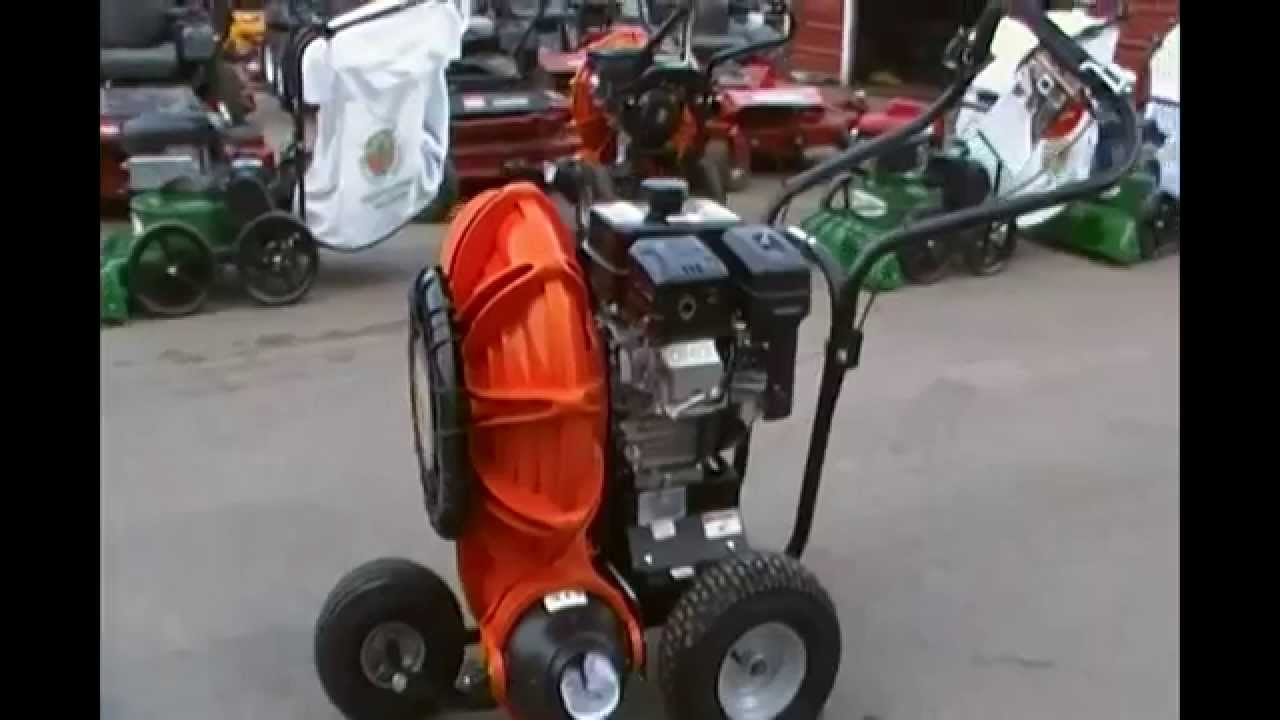 Billy Goat Self Propelled Blower Youtube