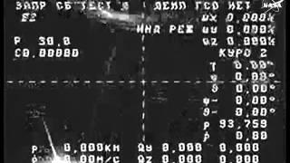 """Космический корабль """"Прогресс"""" бесконтрольно вращается."""