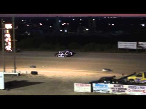 Texas Thunder Speedway Outaw Twister Feature July 27, 2013