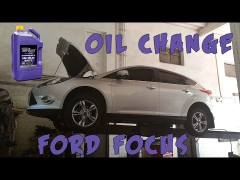 Oil Change in Ford Focus Mk III