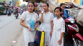 3 chị em hát rong khiến cả khu phố chết lặng - Những Đồi Hoa Sim - Bé Hà Vi