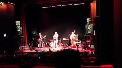 Ringsgwandl - C'est La Vie - Live @ KuKi Landau 04.05.2013