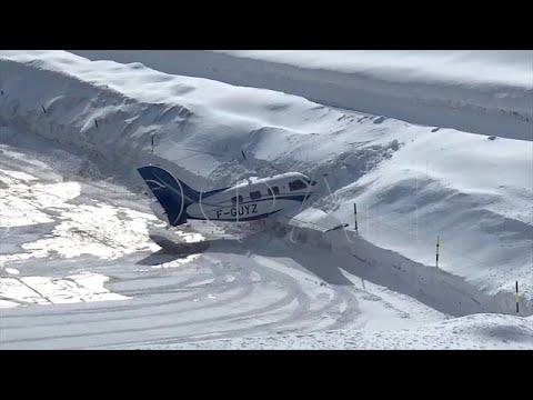 המסלול נגמר והמטוס התרסק לשלג