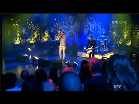 Matt Cardle - Starlight [the Late Late Show 4.11.2011]