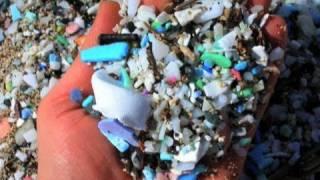 Мировой океан превращается в пластиковую кашу