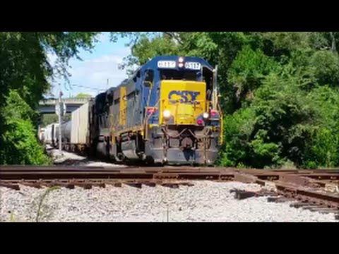 [MUSTWATCH][CSX] Railfanning in Fayettevillle NC With Hornshows,unit Trains,Notch 8 Action & Mo