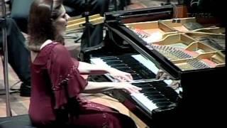 Cia. Bachiana Brasileira - Concerto nº1 em sol menor p/ Piano e Orquestra, F.Mendelssohn-Mov.I e II