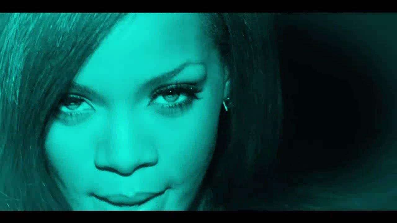 Download Rihanna - Jump (Fan Made Video)