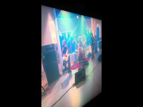 LEZ ZEPPELIN performs live on SAT 1 TV in Berlin