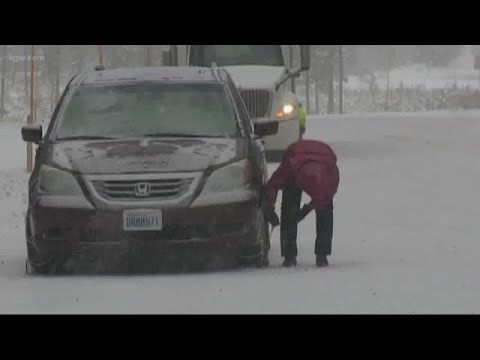 Winter Weather Conditions On Santiam Pass